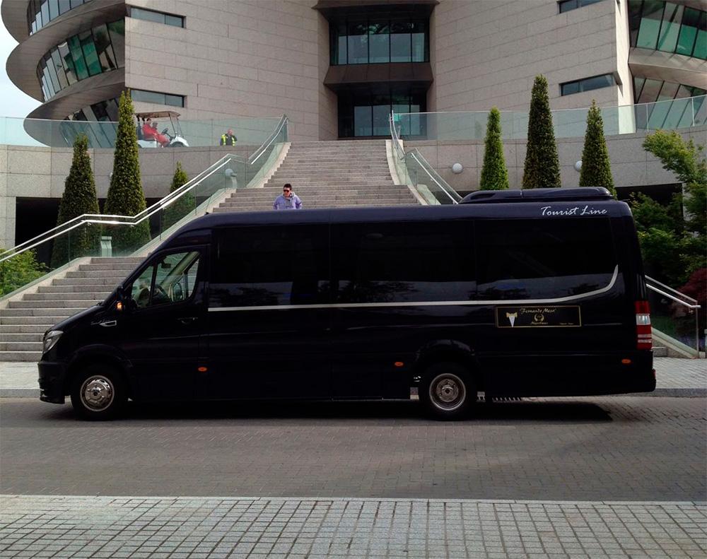 minibus-para-grupos-exterior-chofer-madrid