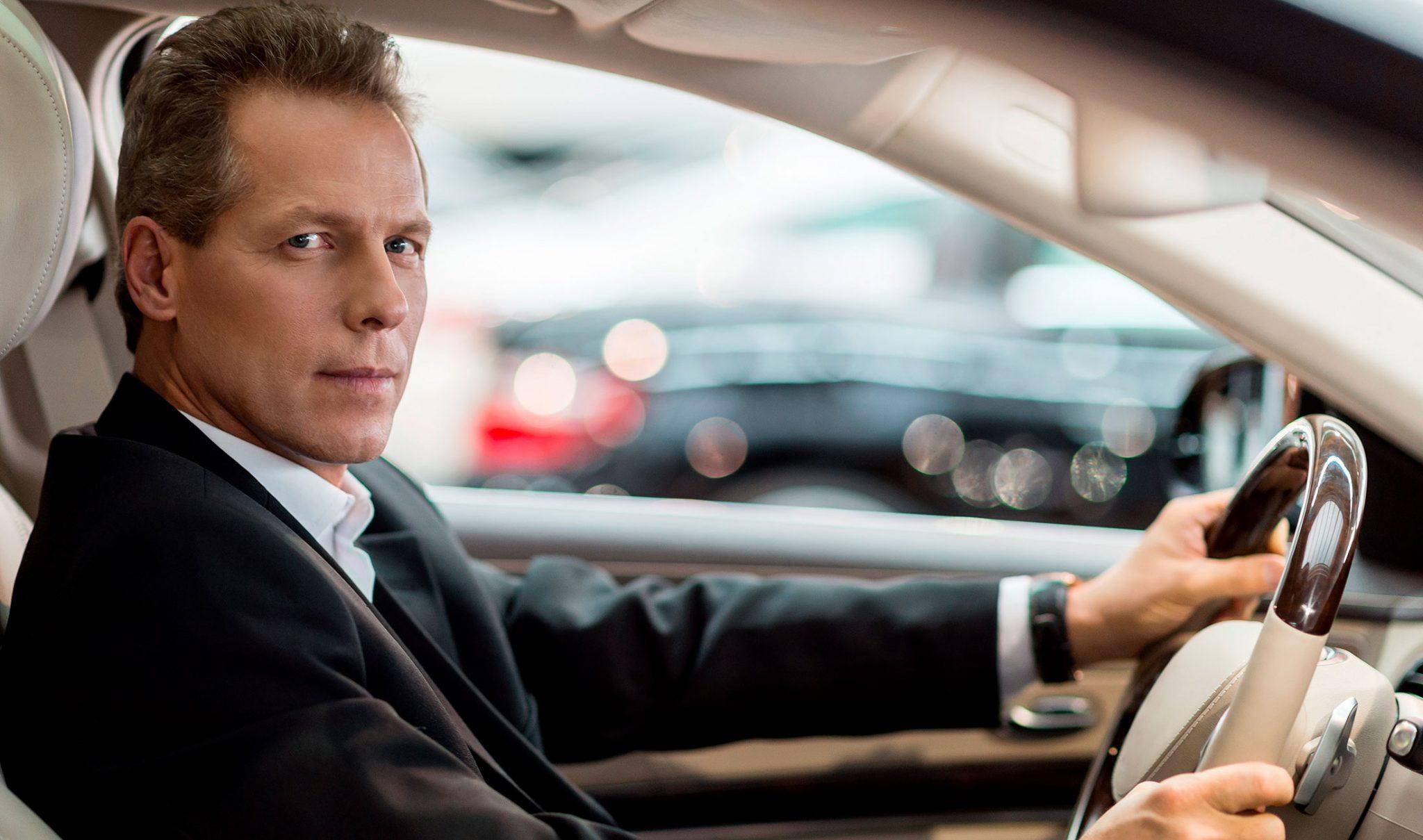 Alquiler de coches con conductor en madrid