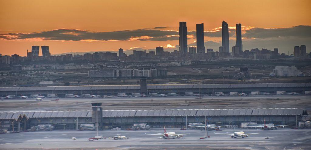 Alquiler de coche con conductor para Ferias y Congresos en Madrid