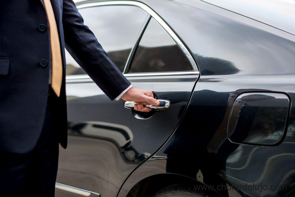 alquiler-de-coches-con-conductor-madrid-2019