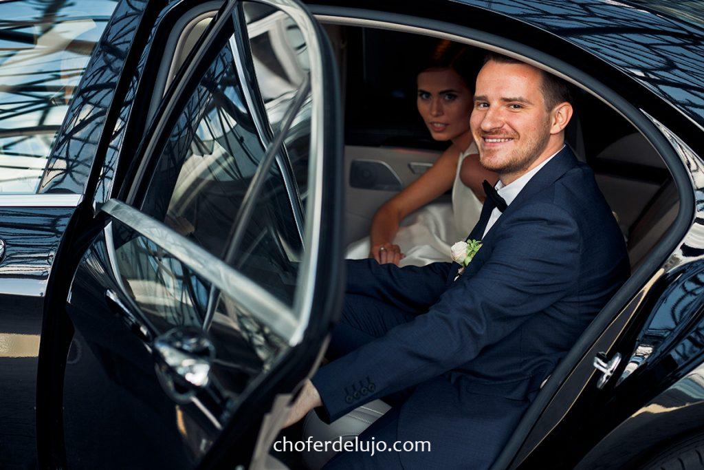 Precio alquiler coche para boda en Madrid. Novios.